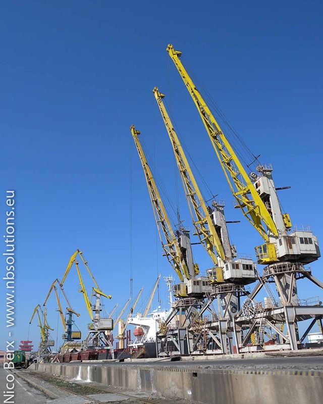 Cranes ready for work, 2010