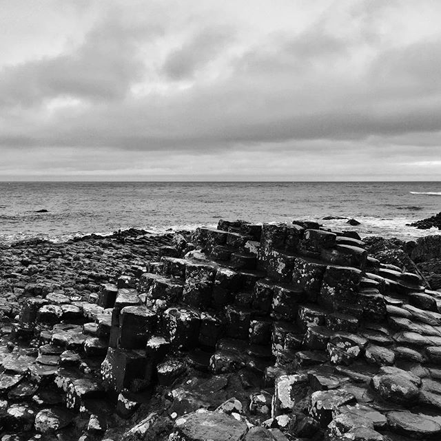 Stepping stones for giants #giantscauseway #picturesofireland